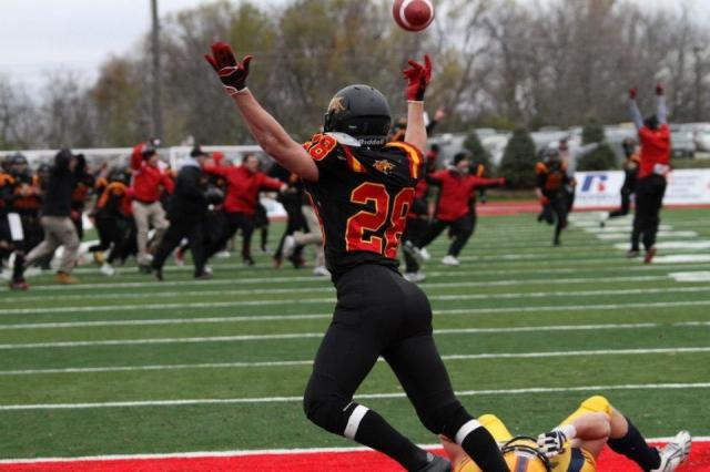 Michael Fortino's OT TD defeats Queen's in Yates Cup Semi-final