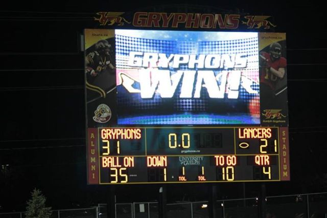 The scoreboard says it all! photo: Lou Toppan