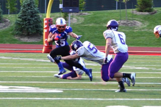 Nick Parisotto returning the ball in OFC game