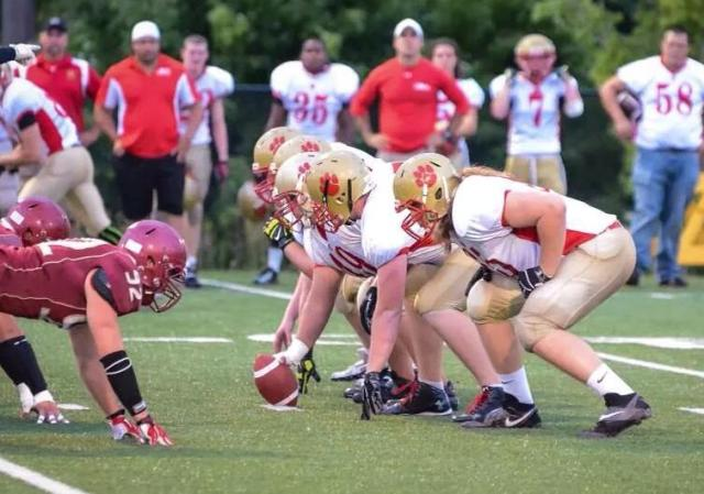 Eric Starczala playing LT for the Cambridge Lions
