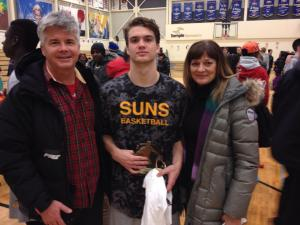 Kade Belyk with his parents