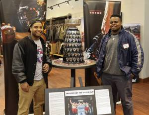 2016 recruits Aksum Polk and Dewan Soyer pose with the Yates Cup