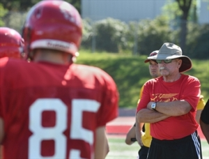 Coach Jeffries with a watchful on training camp. Photo: Jeff Lee