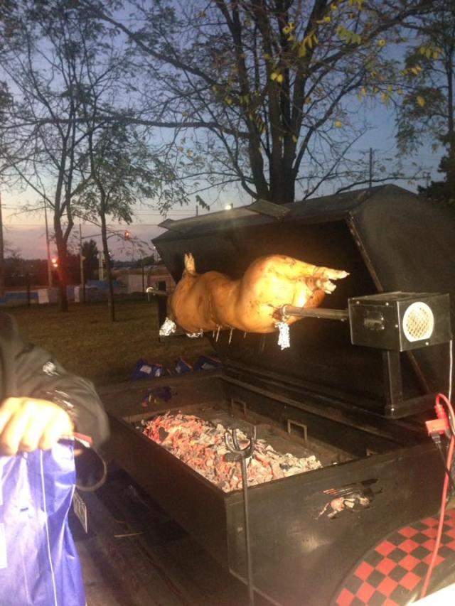 roast pig.jpg